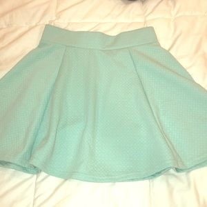 H&M quilted mint circle skirt